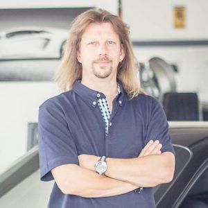 Portrait von Oliver Buschmann, Experte für Chiptuning in Bruchsal